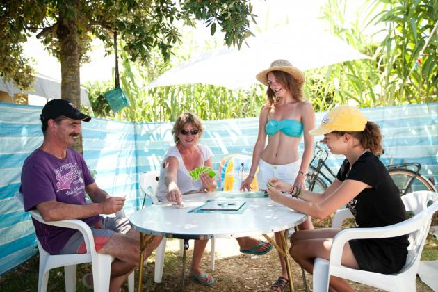 Camping les Baleines famille
