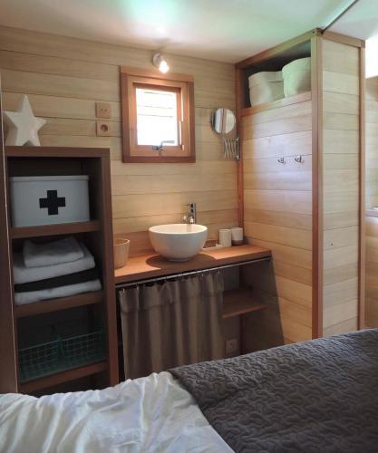 Cabane en bois pour vos vacances en camping